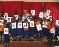 Zoo-phonics Teacher Training in Kasese, Uganda 2012